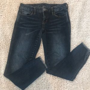 The limited skinny ankle jean